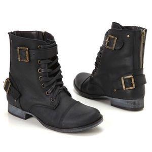 NWOT DV Dolce Vita Sargeant Combat Style Boots